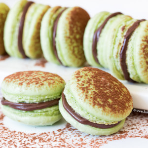 chocolate mint french macarons