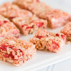 strawberry rice krispies treats